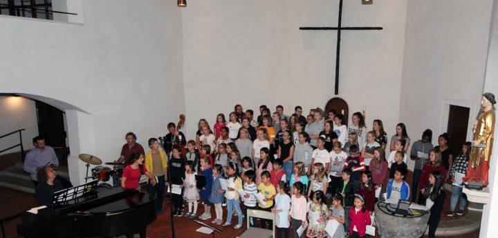 """Internationale Kinderchortage, Laurentiuskirche, Kinder- und Jugendchor """"Ulrich von Hutten"""", Jean Kleeb"""